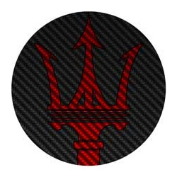 Maserati rouge fond façon carbone
